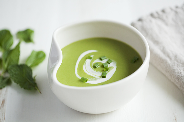 Minted-Pea-Soup-with-Cashew-Cream-4