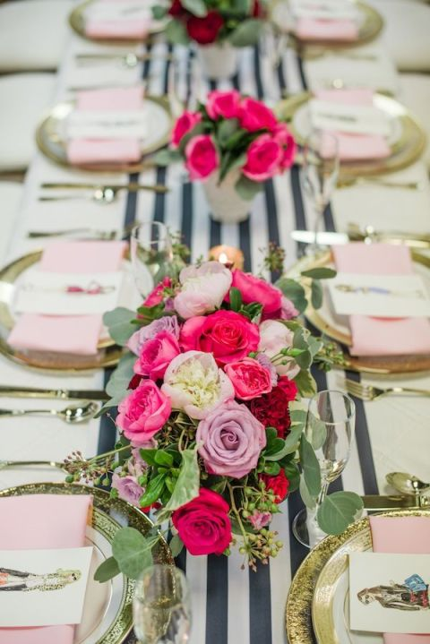 gallery-1454449748-posh-floral-stylized-valentines-brunch-7