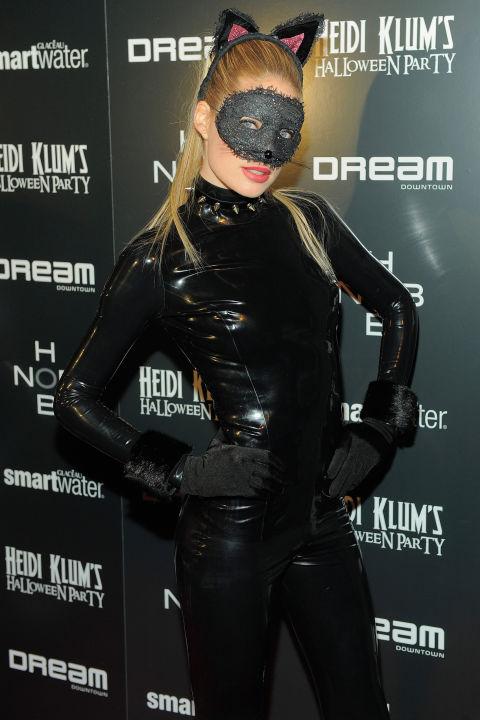 Doutzen Kroes jako kobieta-kot