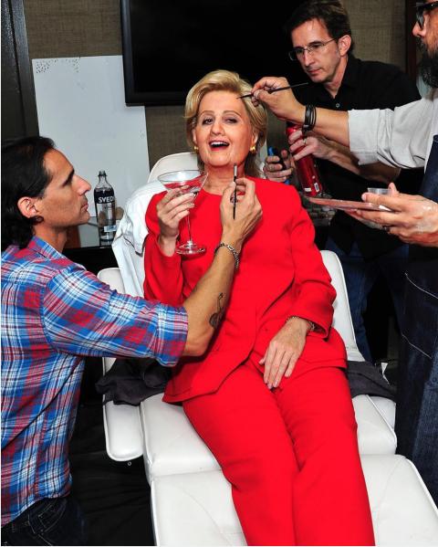 Katy Perry jako Hillary Clinton