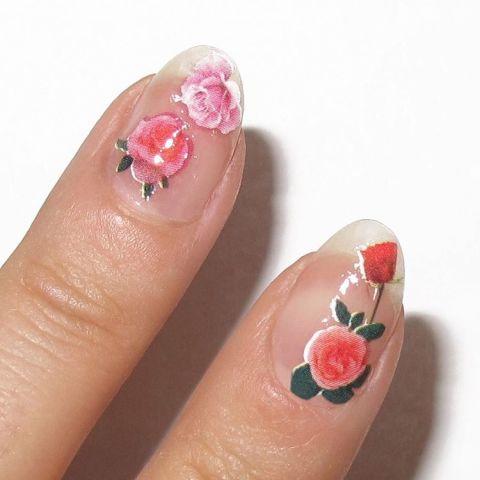 elle-valentines-day-nail-designs-natalia