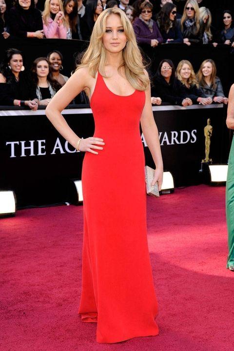 luty 2011, rozdanie Oscarów (suknia Calvin Klein)