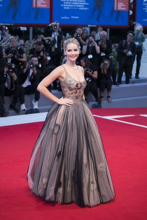 wrzesień 2017, premiera filmu mother! na Festiwalu Filmowym w Wenecji (suknia Dior)