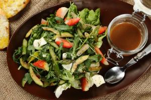 Przepisy na dania z truskawkami